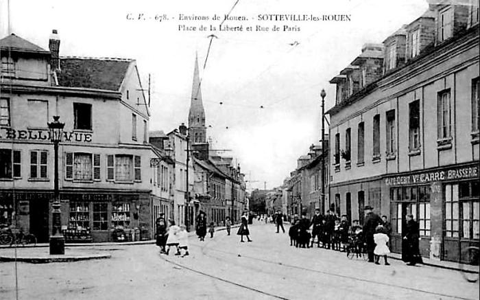 Place de la liberté et rue de Paris - carte postale