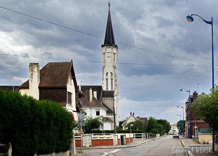 Rue V. Hugo, église St Vincent de Paul, Sotteville-lès-Rouen