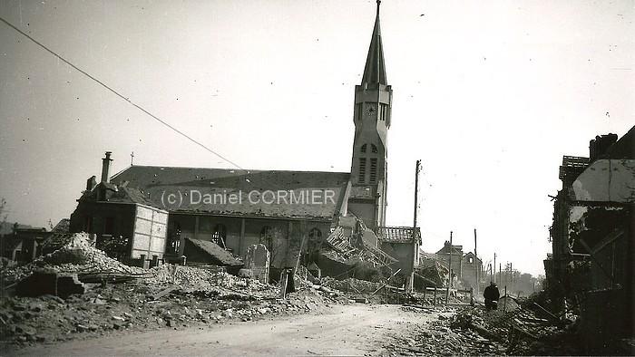 Eglise st Vincent de Paul bombardée et rue Victor Hugo - (c) Daniel Cormier-
