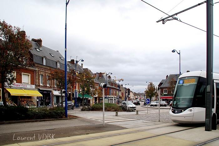 Place Voltaire et rue Corneille 2015 - Sotteville-lès-Rouen