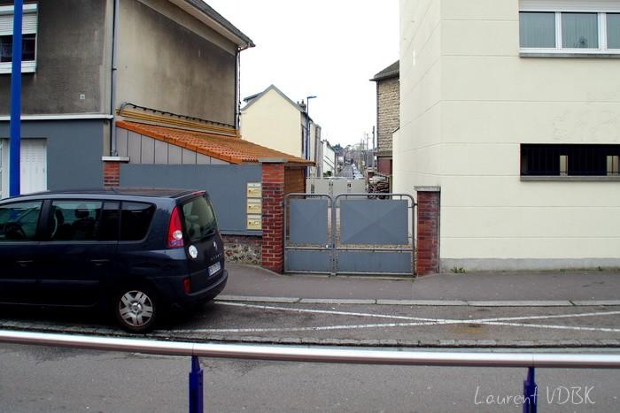 Sotteville-lès-Rouen - Rue J Cécille angle Garibaldi vue de la station de métro
