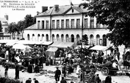 Sotteville-lès-Rouen - Espace Marcel Lods - L'ancienne mairie et le marché sur la place