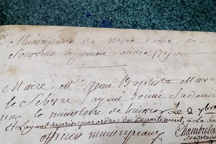 Première page du premier registre municipal - Sotteville-lès-Rouen