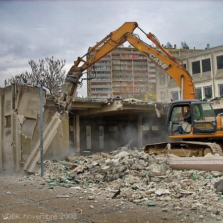 Démolition du bâtiment bas du lycée Marcel Sembat - Création de l'esplanade François Mitterrand - Sotteville-lès-Rouen