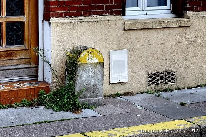 Ancienne borne kilométrique rue de Paris - Sotteville-lès-Rouen