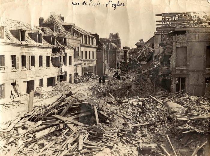 Rue de Paris bombardée - Bombardements de Sotteville-lès-Rouen
