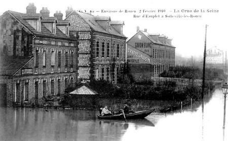 Crue de la Seine en 1910 à Sotteville-lès-Rouen (rue d'Eauplet et chemin du Halage)