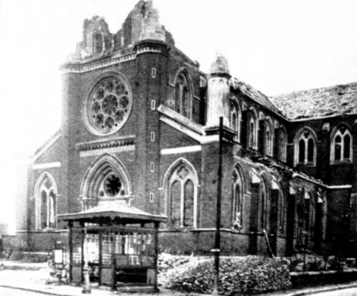 Eglise Notre-Dame de l'Assomption : Clocher décapité lors du bombaredement du 19 avril 1944 - Sotteville-lès-Rouen