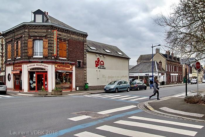 Sotteville-lès-Rouen - Boulangerie à l'angle des rues de Paris et Raspail