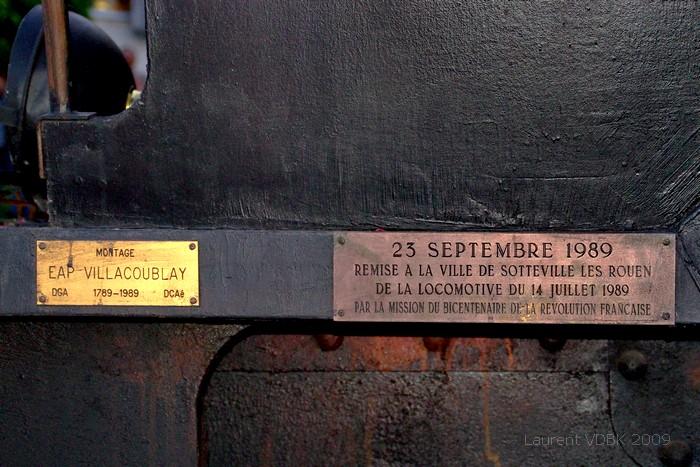 Plaque de la locomotive du Bicentenaire de la révolution - Réplique en bois peint de la locomotive Pacific 231