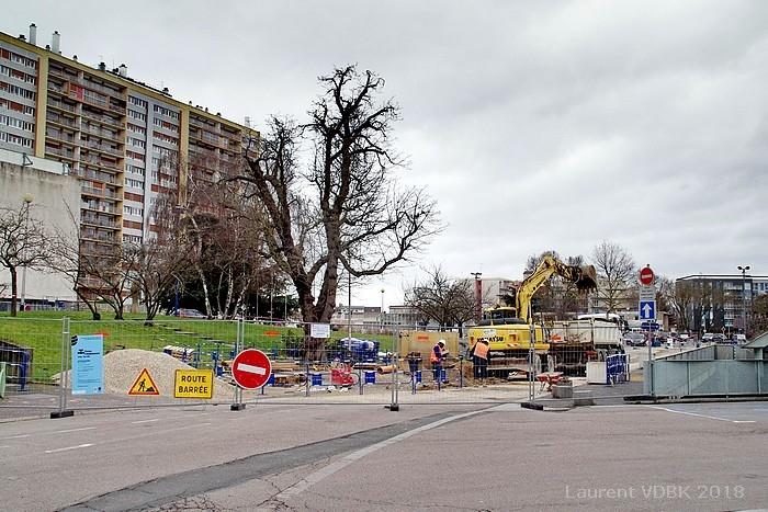 Travaux préparatoires au réaménagement de la place de l'Hôtel de Ville de Sotteville-lès-Rouen