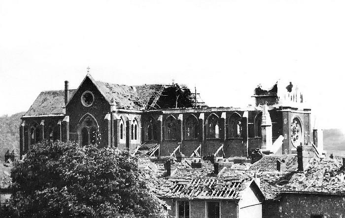 L'église Notre-Dame de l'Assomption après le bombardement du 19 avril 1944