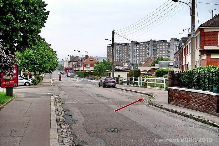 Limite entre l'ancienne et la nouvelle partie de la rue Léon Salva - Sotteville-lès-Rouen