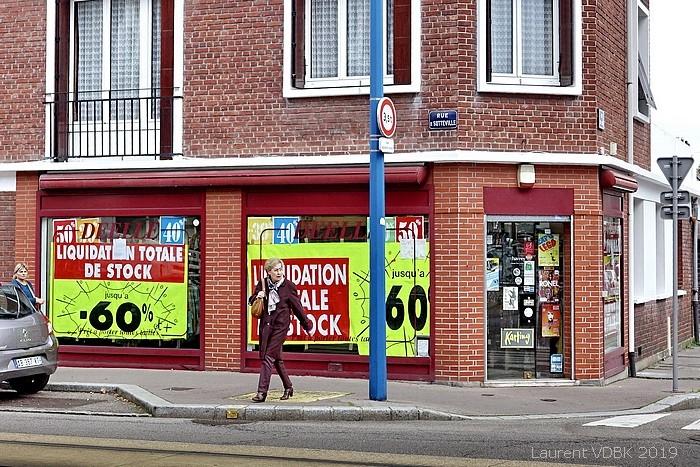 Magasin Déelle place Voltaire angle rue du Cours - Sotteville-lès-Rouen