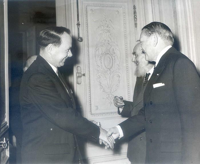 Roland Tafforeau et le président René Coty