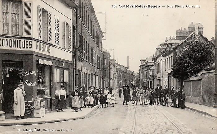 Carte postale ancienne - Rue Pierre Corneille (angle rue du Quatre Septembre) - Sotteville-lès-Rouen
