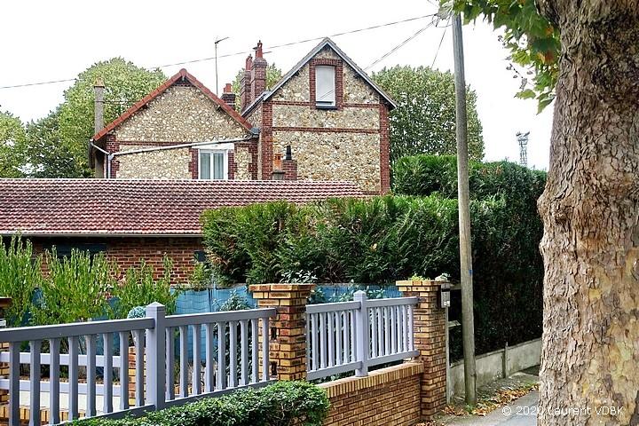 Maisons à l'angle rue de Paris et de l'avenue du 14 juillet à Sotteville-lès-Rouen