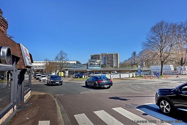 Carrefour des rues Léon Salva, Libération et Trianon à Sotteville-lès-Rouen